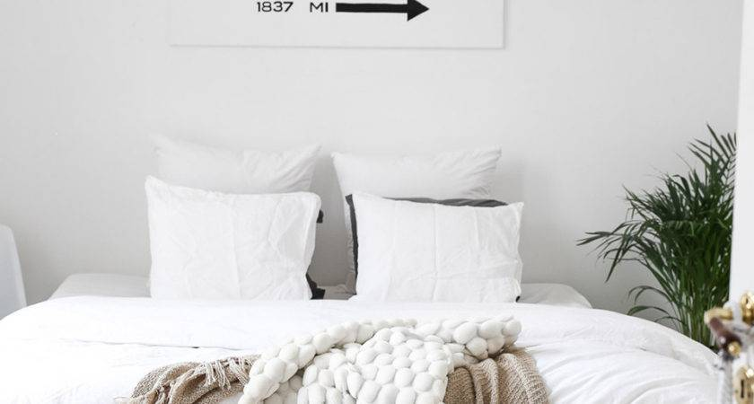 All White Room Ideas Decor Minimalists Stylecaster