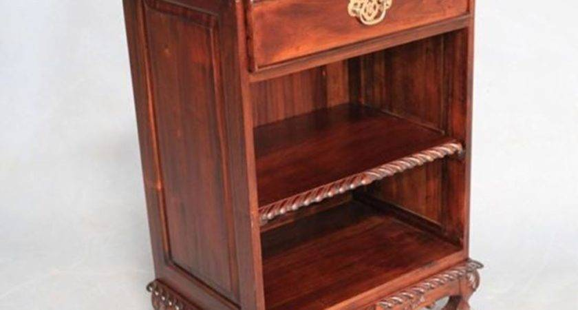 Antique Style Mahogany Timber Chippendale Bedside Table