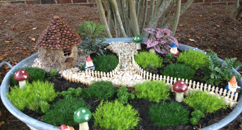 Awesome Gnome Garden Ideas Foto