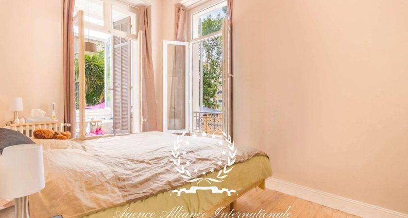 Bedroom Apartment Garden Level Bourgeois House