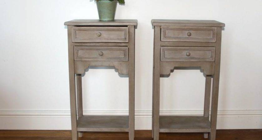 Building Small Bedside Table Side