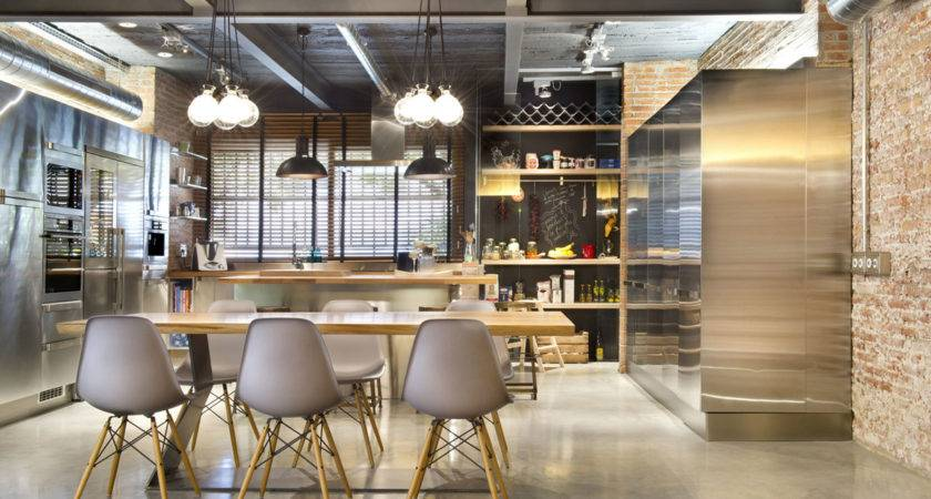 Commercial Space Turned Into Loft Style Home Terrassa