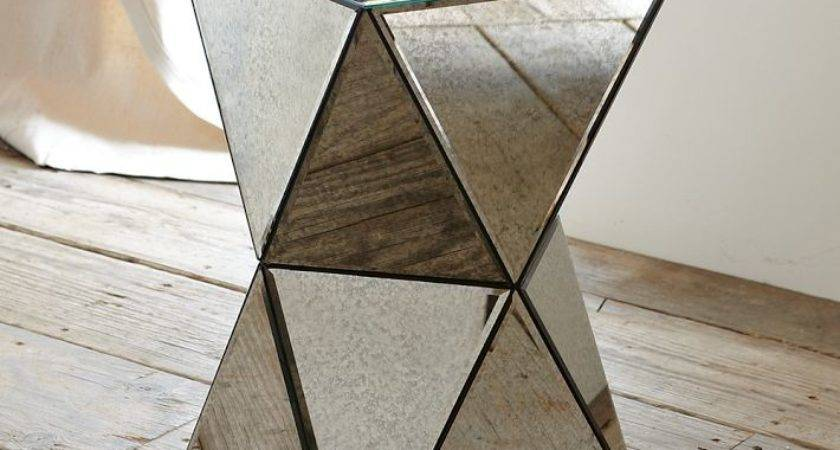 Cool Cubic Shape Makes Mirrored Side Table