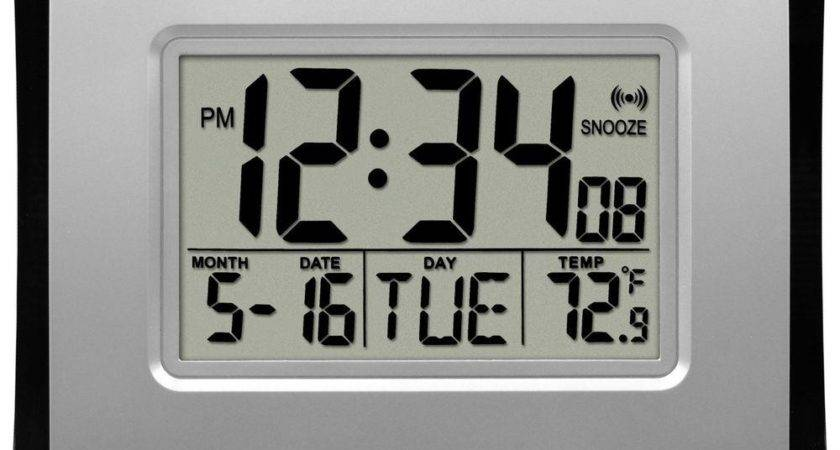 Crosse Technology Atomic Digital Wall Clock