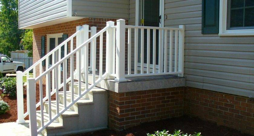 Curved Wooden Porch Railing