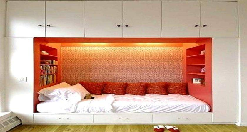 Decorating Ideas Small Bedrooms Decorate House