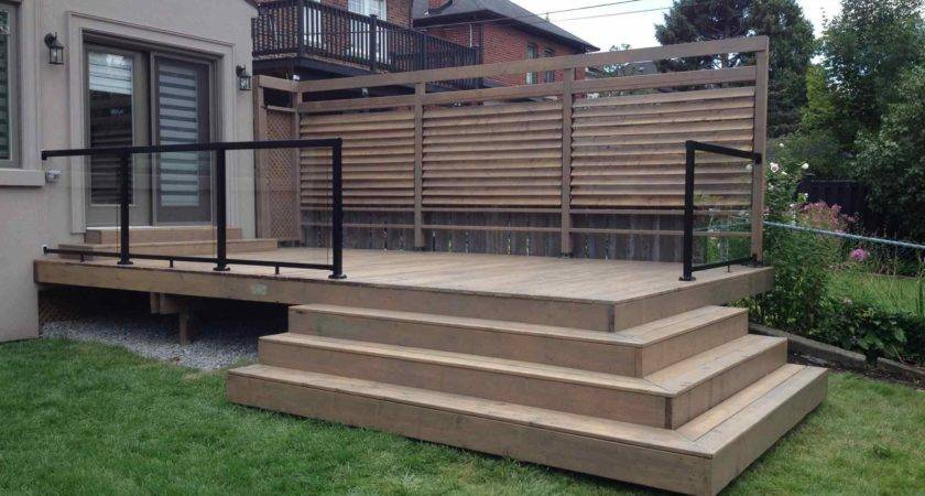 Elegant Privacy Screen Deck Porch Patio