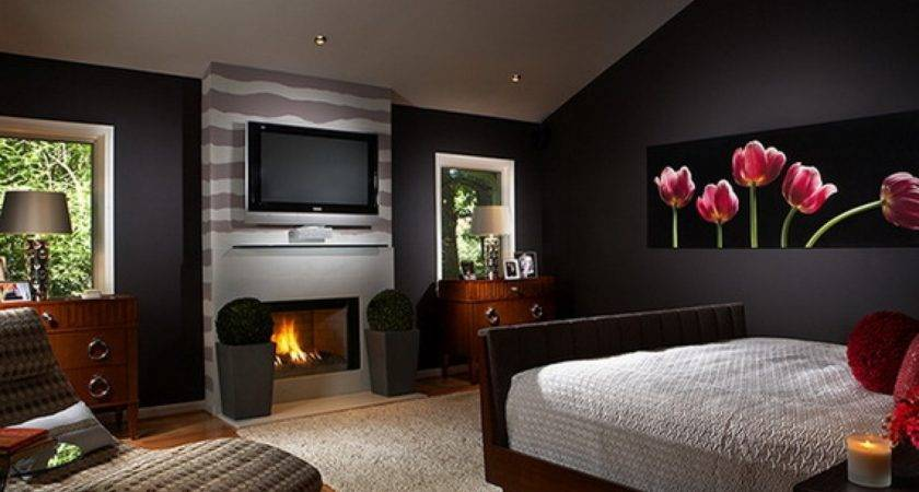 Enchanting Black Accents Wall Painted Bedroom Design