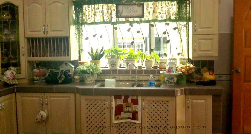 English Kitchen Country Cabinet