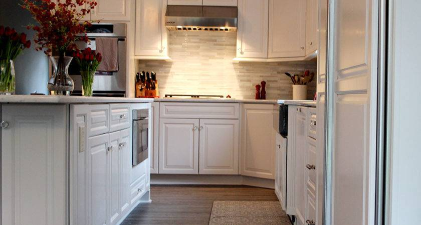 Fine Finish White Tinted Lacquer Cabinets Ideas Classic