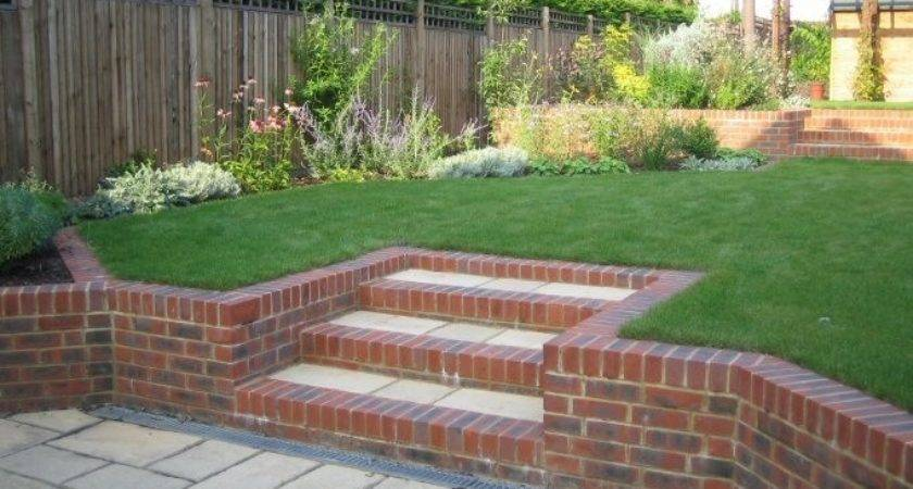 Garden Designs Small Sloping Gardens Design