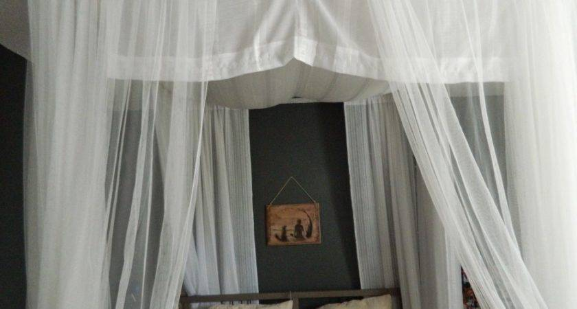 Grey Polished Iron Quuen Bed White Canopy Curtain
