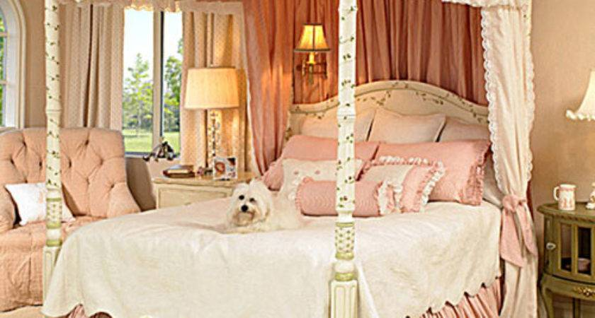 Gwendelyn Canopy Bed Luxury Furnishings Including