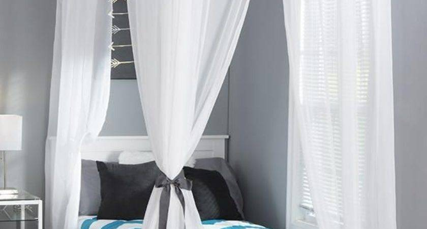 Hanging Curtains Small Bedroom Curtain Menzilperde