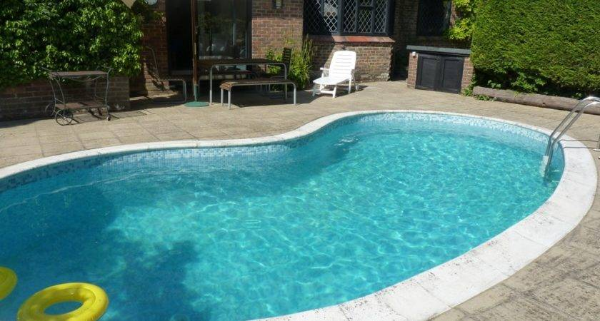 Holiday Home Swimming Pool Rent Near Eastbourne