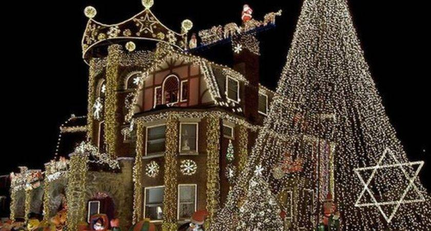 Incredible Houses Decorated Christmas Whoville Fox Shakedown