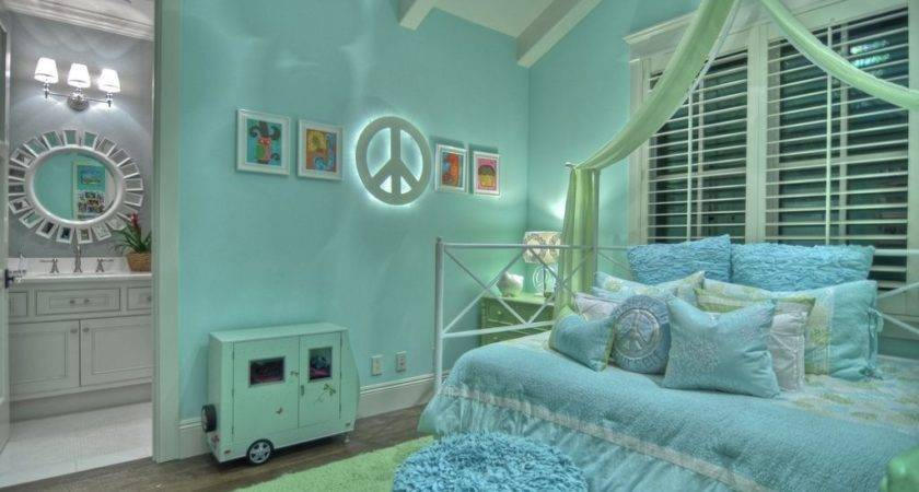 Inspirational Modern Bedroom Designs Small Spaces