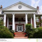 Large House Columns Wealthy