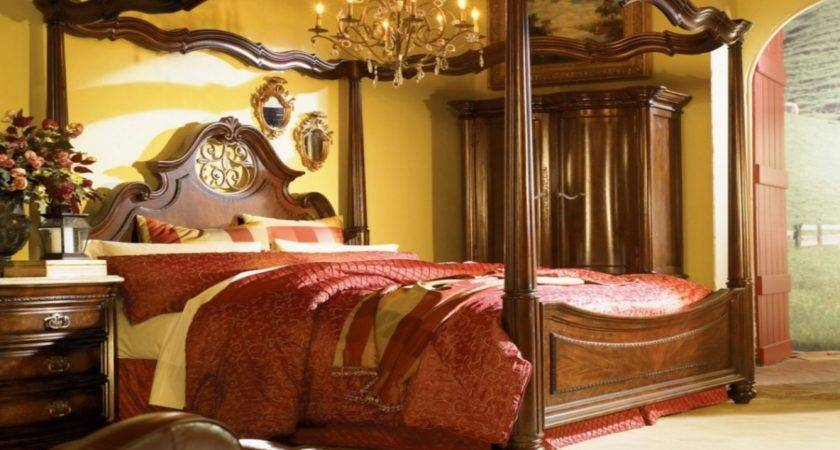 Luxurious Canopy Beds Collection Italian Bed
