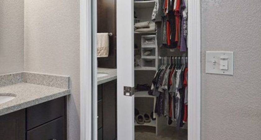 Mirrored Closet Doors Can Enhance Beauty Your Home