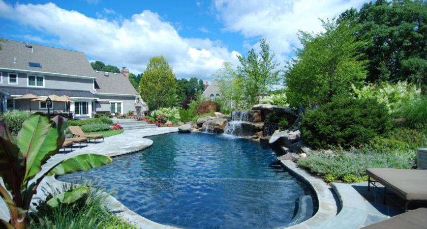 New Jersey Pool Builder Wins Four Awards Excellence