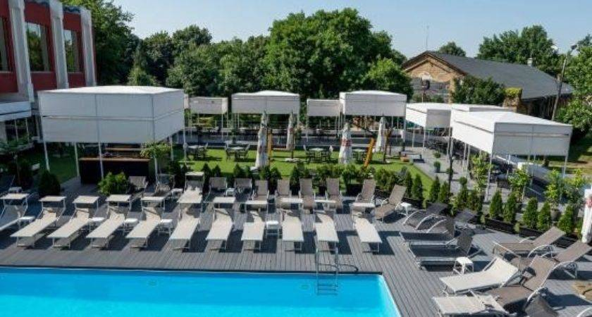 Outdoor Terrace Swimming Pool