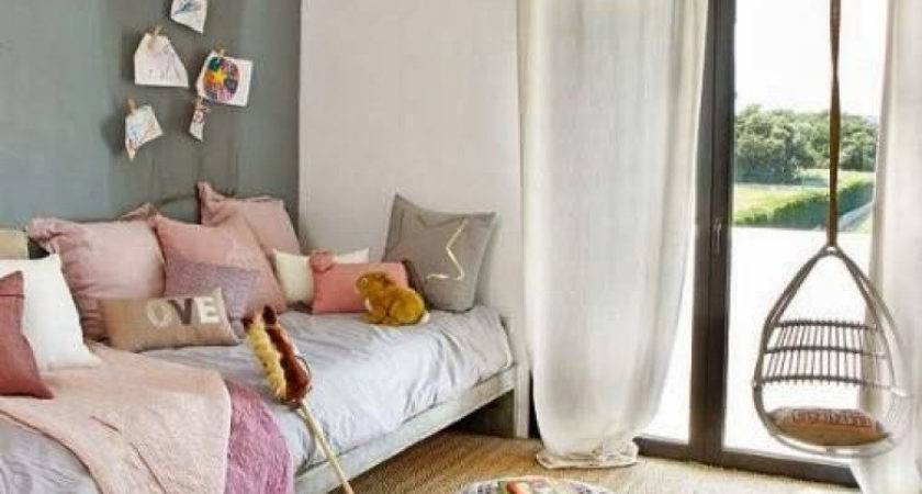 Paint One Wall Different Color Room Decorating Ideas