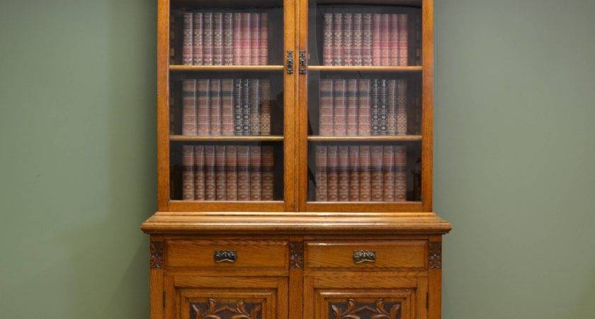 Quality Solid Oak Victorian Antique Bookcase Cupboard