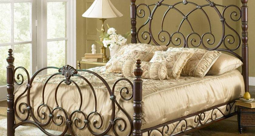 Romance Bedroom Decorative Wrought Iron Bed