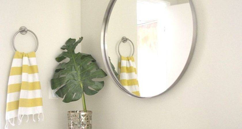 Round Bathroom Mirror Design Ideas
