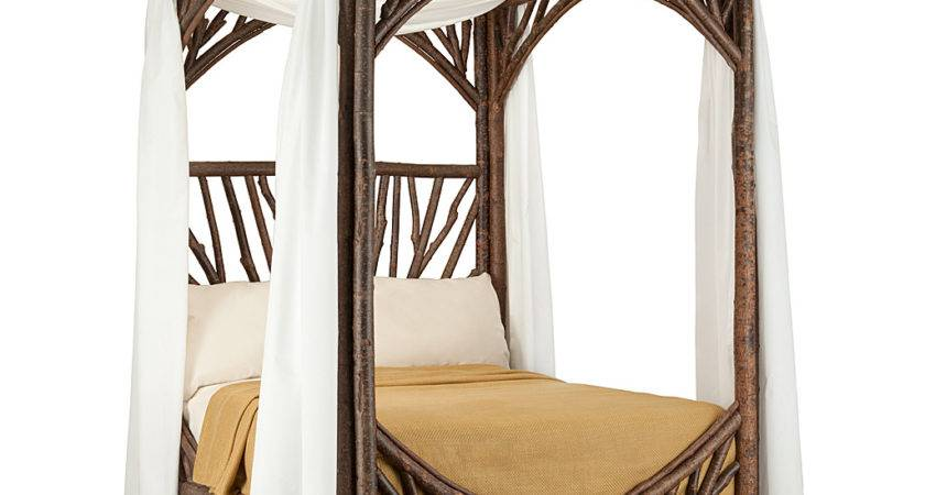 Rustic Canopy Bed Lune Collection