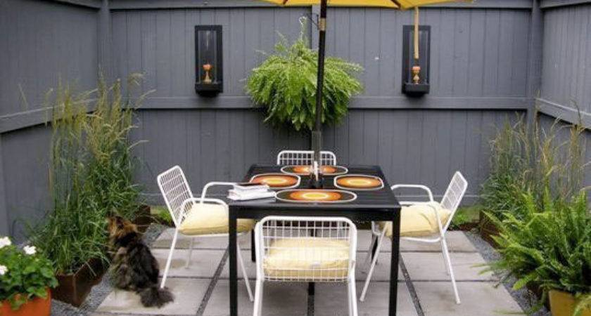 Scrapbook Courtyard Ideas