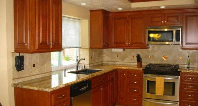 Selecting Right Kitchen Paint Colors Maple