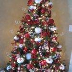 Sew Many Ways Decorate Christmas Tree