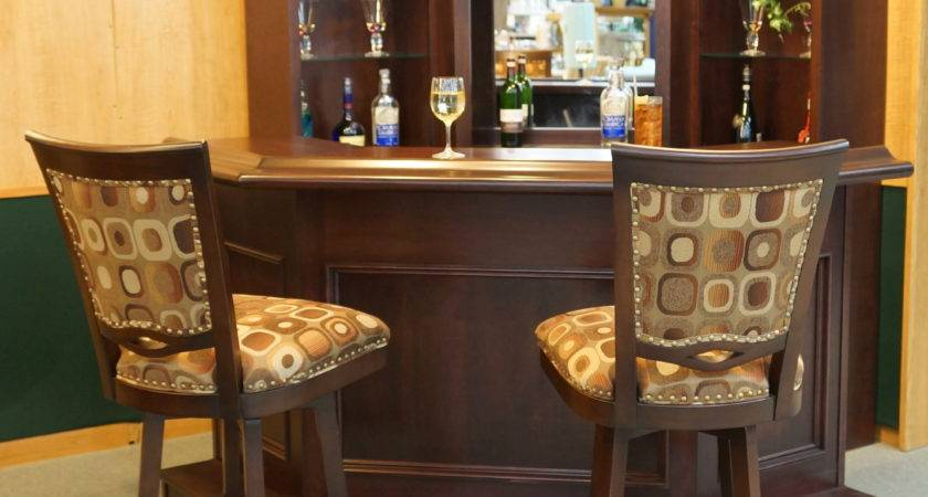 Small Home Wet Bar Room