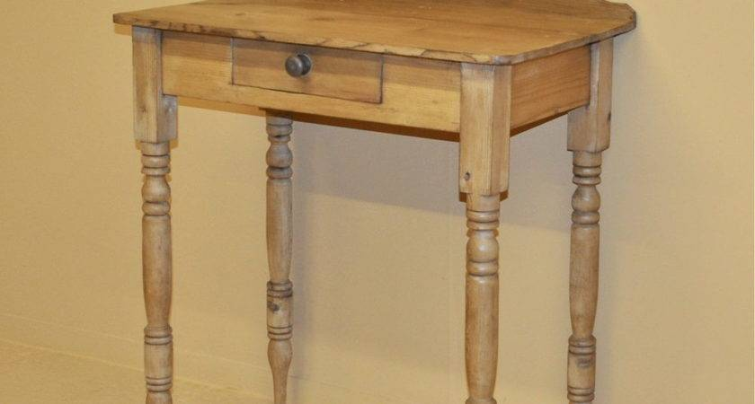 Small Pine Side Table Antiques Atlas