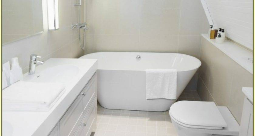 Soaking Tubs Small Bathrooms Homesfeed