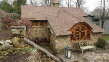 Tiny House Inspired Hobbit Daily News