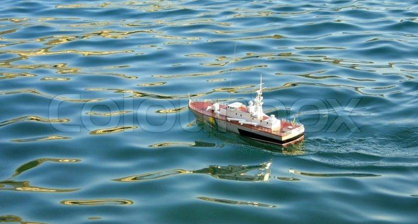 Toy Ship Floating Water Colourbox
