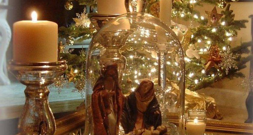 Traditional Christmas Decorations Bring Warmth Your Home