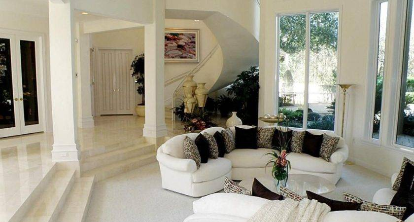 Traditional Living Room Sunken