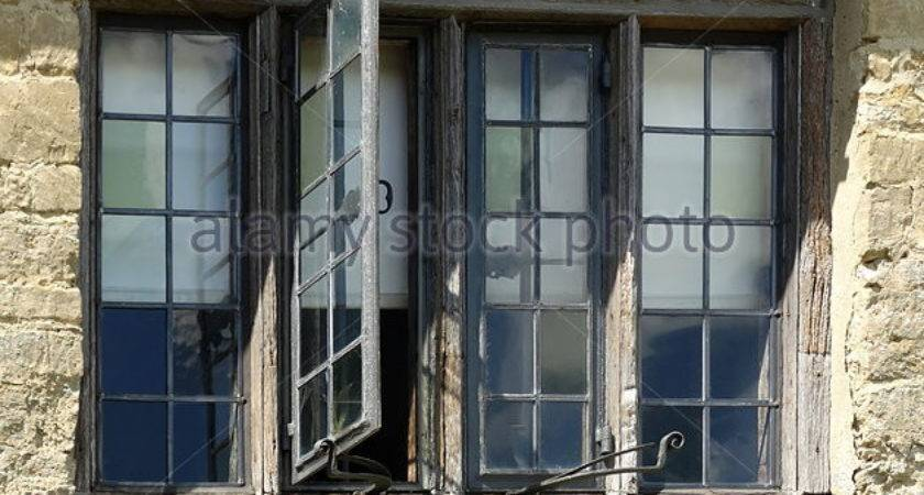 Tudor Window Photos Alamy