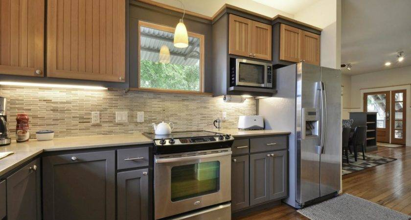 Two Toned Kitchen Cabinets Contemporary Inspiration