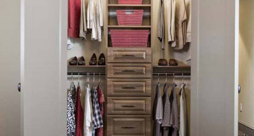 Walk Closet Small Bedroom Few Things Signify