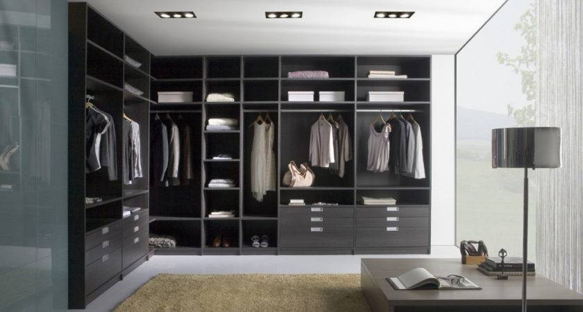 Walk Wardrobes Fitted Specialist Bravo