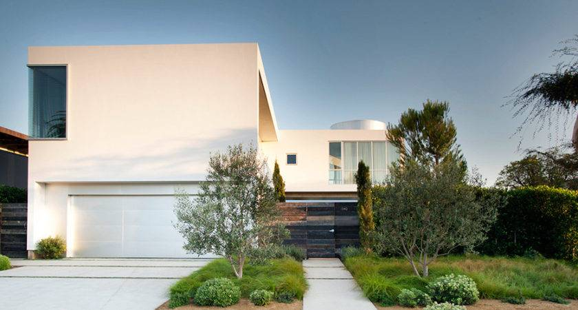 White Stucco Modern House Venice California Dennis